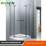 Rectángulo simple de la ducha con el vidrio transparente