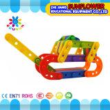 Os brinquedos inteletuais dos brinquedos dos blocos de apartamentos, mesa plástica colorida obstruem o brinquedo, brinquedos de DIY