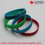 Braccialetto poco costoso universale dei Wristbands del PVC di sport del regalo di promozione