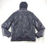 卸し売りフードの長い袖の人の革のジャケット