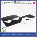 Casella piegante di carta rigida nera con la chiusura di seta del nastro