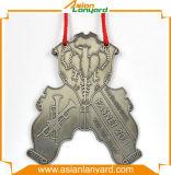 Медаль нестандартной конструкции золотистое люкс