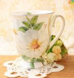 El diseño de la flor de China junta la taza de cerámica de la taza clásica de la porcelana de la taza