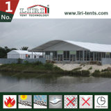Carpa Arcum con paredes de cristal All Around en Nigeria