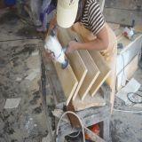 Parte superiore di marmo beige naturale poco costosa di vanità della stanza da bagno di Galala