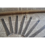 Hangtag de la colección de los hombres con el sacador de orificio para la tela de la ropa