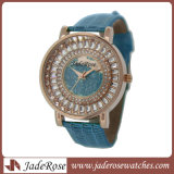 Dial와 Strap Fashion Lady Watch에 있는 다채로운 Jewel