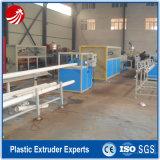 Línea plástica de la protuberancia de los tubos de agua del PVC