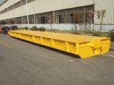 波止場の重い装置の低いベッドのトレーラー