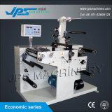 Máquina cortando da etiqueta autoadesiva da etiqueta