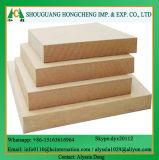 Matériau de construction Plateau MDF ordinaire 1220 * 2440 * 12mm E2 Poplar