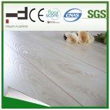 Imperméabiliser le plancher en bois en stratifié gravé en relief