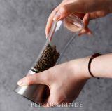 Casquillo del acero inoxidable con la botella de Galss de la amoladora para la sal del mar, pimienta