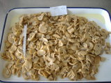 Neues Getreide eingemachte Pilz-Stücke