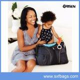 Sacchetto di nylon del pannolino del bambino imbottito il nero di grande capienza della spalla