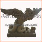 Tabela de pedra com as estátuas caídas Mt1706 do anjo