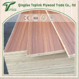 Il fronte e la parte posteriore di Bintangor, mescolano il compensato di legno duro della mobilia di memoria