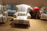 거실을%s 직물을%s 가진 현대 가정 가구 의자