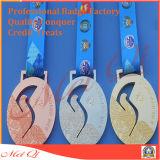 動作するか、のためにまたはスポーツまたは金使用されるか、または金カスタム記念品メダルまたはマラソンまたは賞または軍隊または記念品