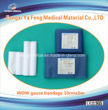 Pacchetto candeggiato del documento blu della fasciatura della garza