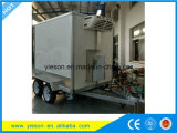 冷蔵室のフリーザーボックストレーラーの通りの移動式ファースト・フードのトラック