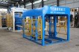 Machine de fabrication de blocs de béton à béton automatique à béton hydraulique