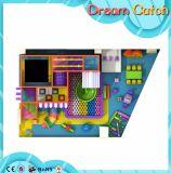 装置デザイン熱い販売のための子供のプレイハウスの子供の屋内運動場