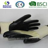 doublure de 13G Kevlar avec des gants de travail d'enduit de nitriles de mousse