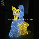 O motivo da decoração ilumina o anjo