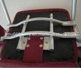 装飾される普及した金属の屈曲椅子に会う