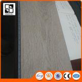 Le PVC matériel Anti-Rayent le plancher résidentiel de vinyle de PVC de texture profonde
