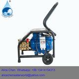 Auto-Wäsche mit Reinigungs-Farbspritzpistole und Druck-Unterlegscheibe-Pumpe