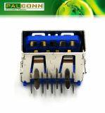 USB 3.0のコネクター、9つの位置、直角のすくいのタイプ、250VACの現在のRating~1.8A