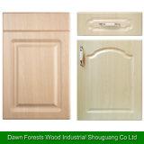 台所家具はMDFのキャビネットドアを分ける