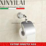 Белый держатель туалетной бумаги крома краски с твердой латунной крышкой