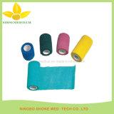 Fasciatura medica elastica respirabile a gettare