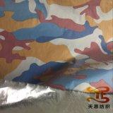 De Afgedrukte Stof van de Polyester van 100% Camouflage met Zilveren Steun voor Jasjes en Kledingstuk