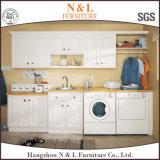 Шкаф комнаты прачечного MDF цвета лака материальный