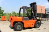 6ton diesel Hydraulische Vorkheftruck met Chinese Motor Xichai6110 en het Opheffen van 3m6m Hoogte, Stevige Banden
