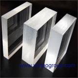 투명한 방풍 유리 장 또는 상자로, 가벼운 상자, 고침 집, 반대 프레임, 또는 대 또는 지원 하는 명확한 장