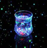 昇進のギフト明るいLEDのコップ、多彩な党/棒のためのパブ/KTVのワインのコップ
