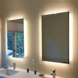 LEDによってつけられるバックライトを当てられた虚栄心ミラーのタッチ画面の浴室ミラー