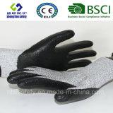 Handschoen van het Werk van de Veiligheid van de besnoeiing de Bestand met Met een laag bedekte het Nitril van het Schuim