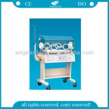 AG-Iir001A con seises Windows y ruedas con la incubadora del niño de los frenos