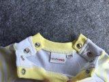 Usure réglée de gosses d'action d'habillement de gosses de pyjamas de vêtement de bébé