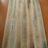 UV 래커를 칠한 Prefinished 오크에 의하여 설계되는 나무로 되는 마루