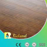8.3m m E1 HDF grabaron el suelo laminado afilado encerado V-Grooved