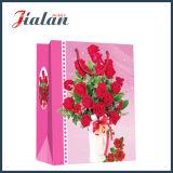 Bolsa de papel roja del regalo de las compras del papel de marfil de las rosas del día de tarjeta del día de San Valentín