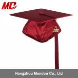 Robe marron brillante de chapeau de graduation pour le jardin d'enfants