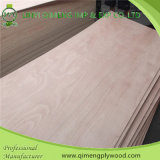 Madera contrachapada de x7 Okoume del buen grano de madera 3 ' para el material de la puerta
